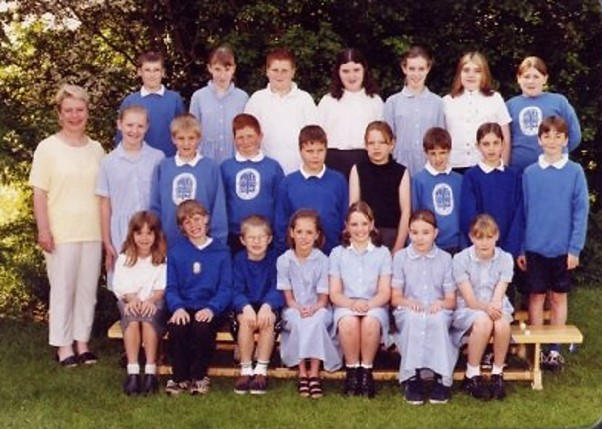 school_group_with_mrs_price_1998.jpg