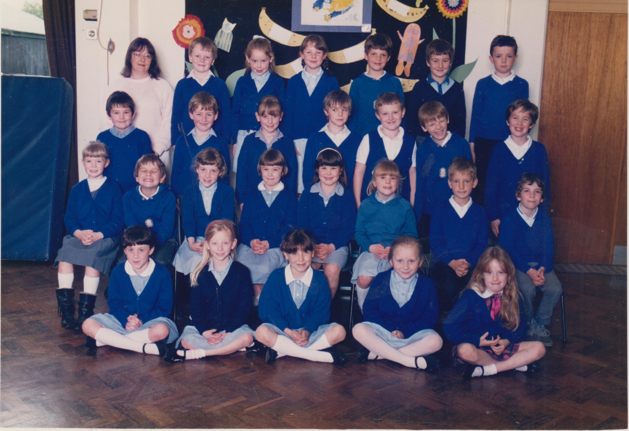 school_group_1988_kay_001.jpg