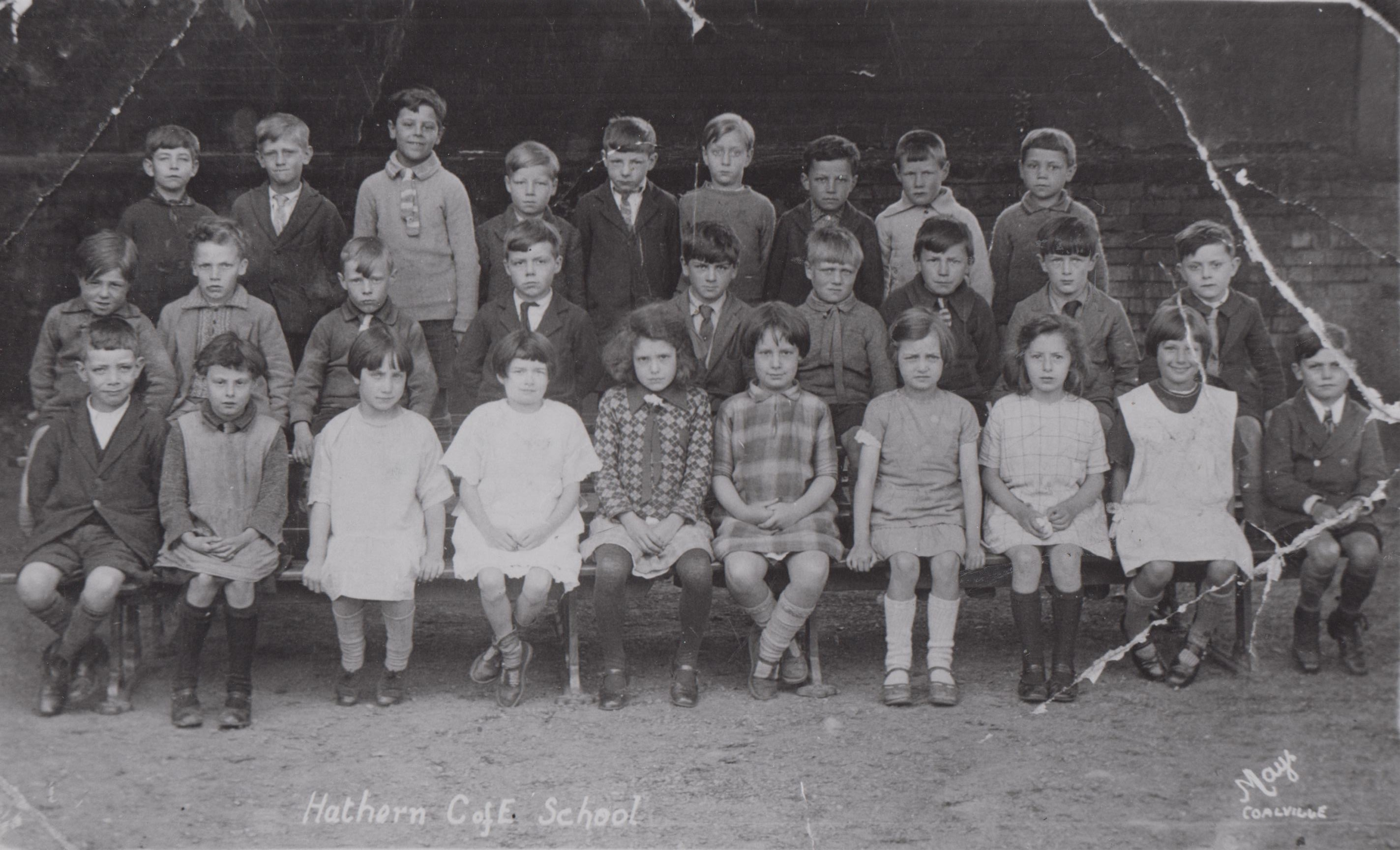 school_group_h478_001.jpg