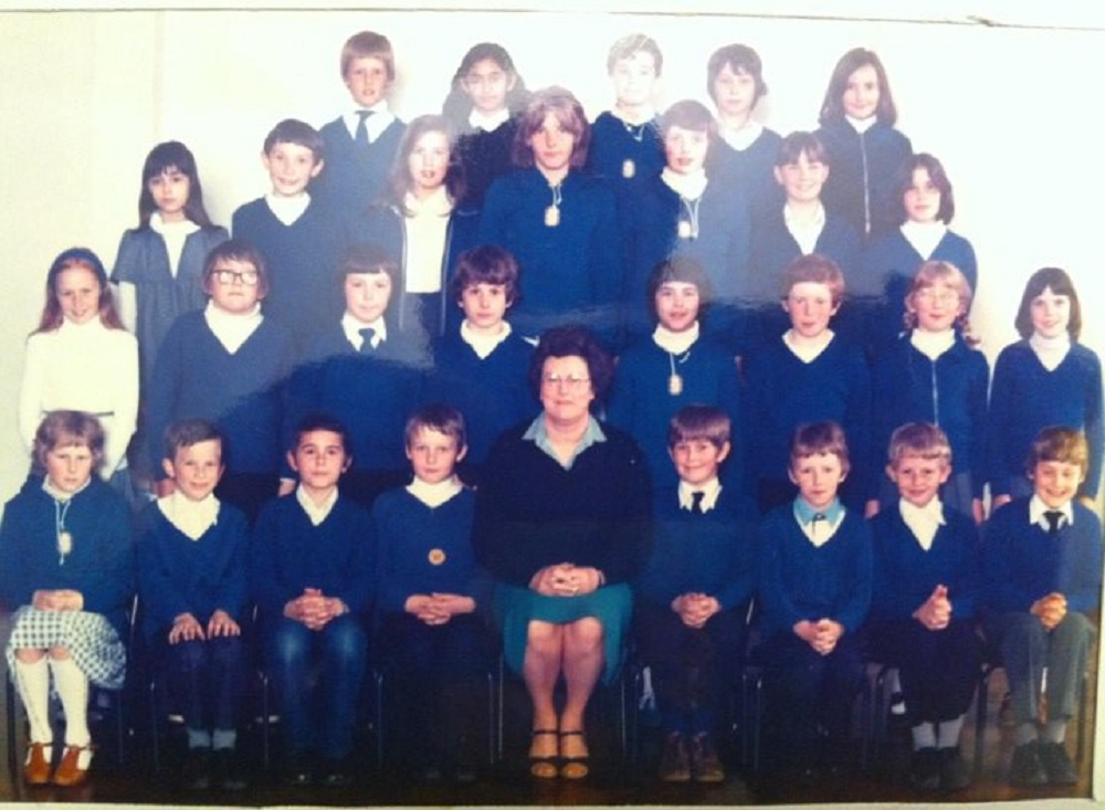 1980_school_group_from_mel.jpg