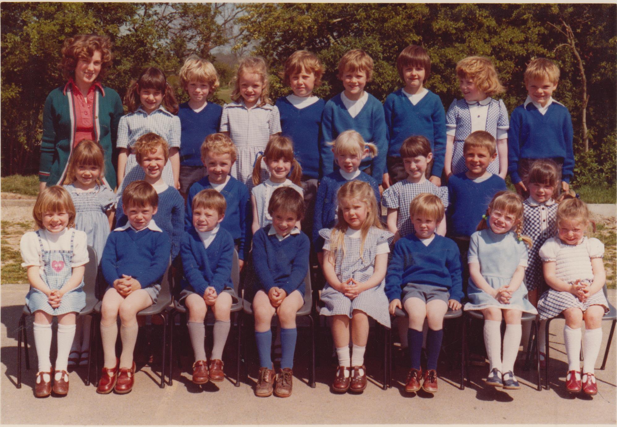 school_group_miss_michaels_001.jpg