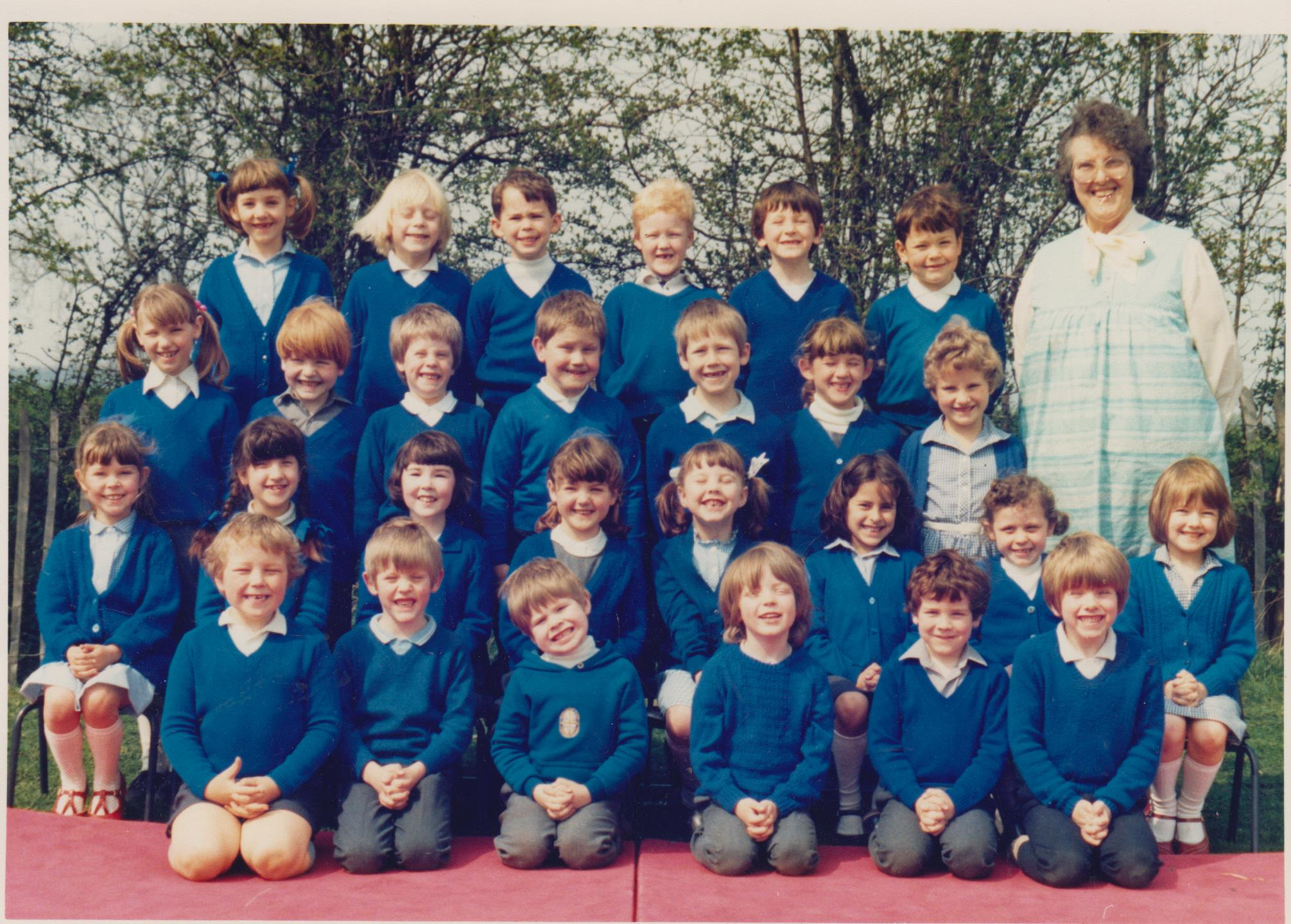 school_group_mrs_lennox_001.jpg