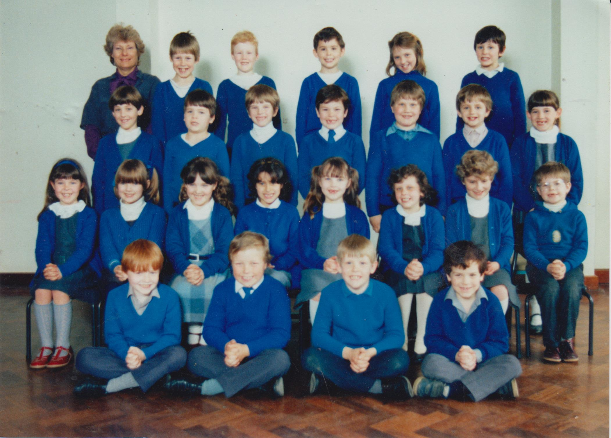 school_group_unknown_1_001.jpg