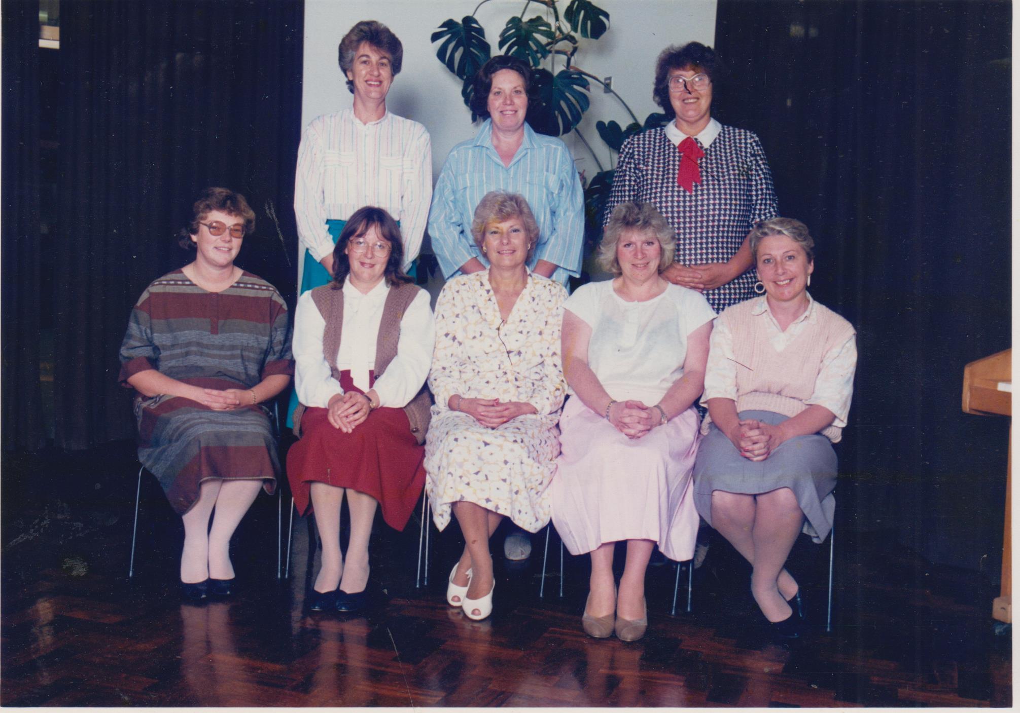 8_lady_teachers_001.jpg