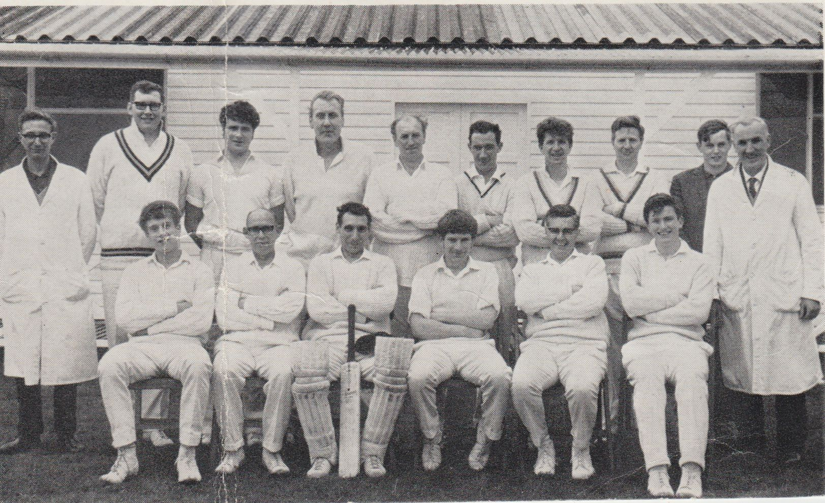 cricket_pavilion_1967_team_0001.jpg