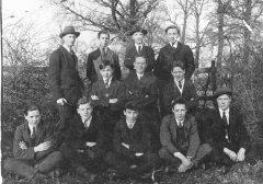 football_team_1920s_fpooh.jpg