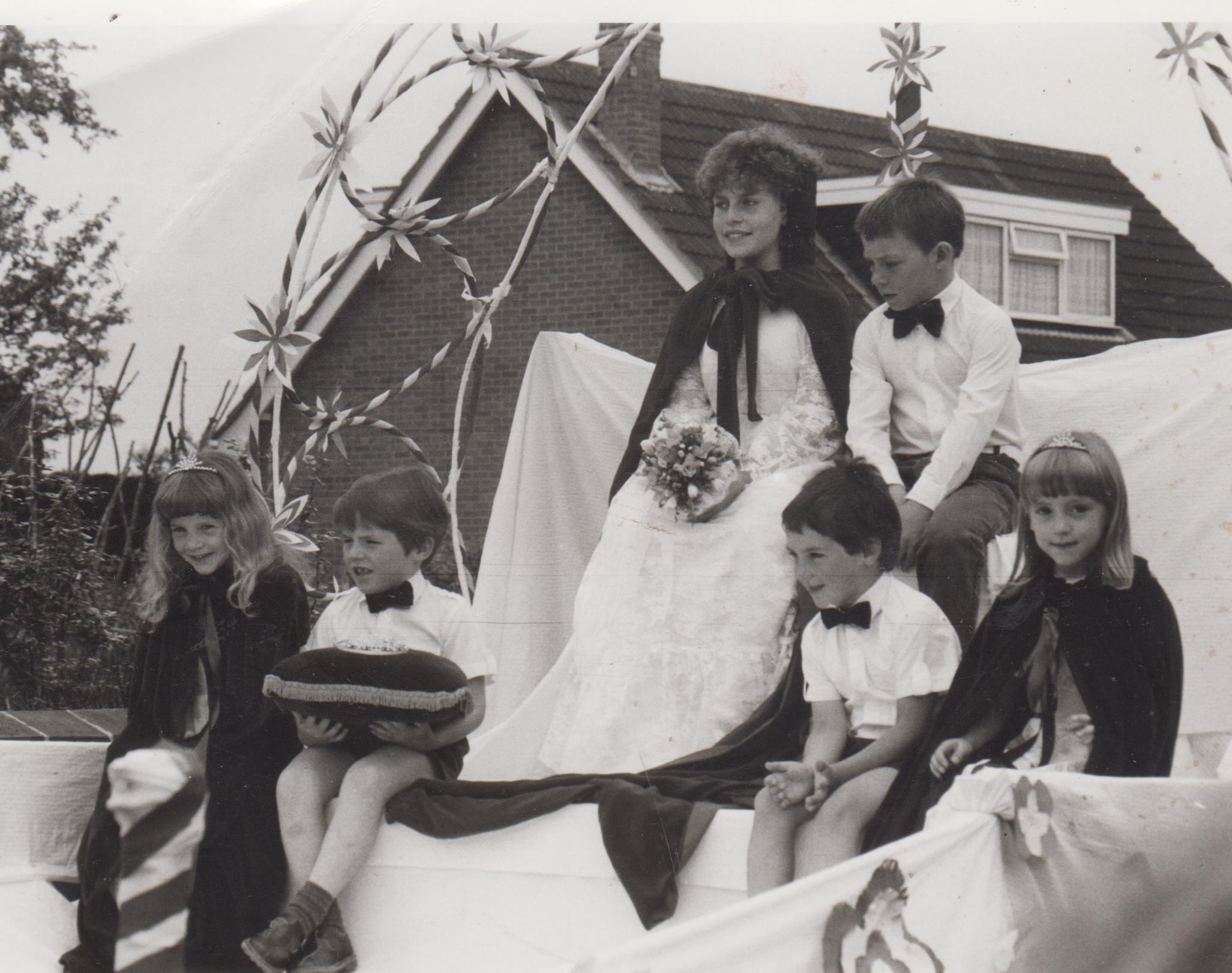 events_carnival_1985_b19jpg_001.jpg