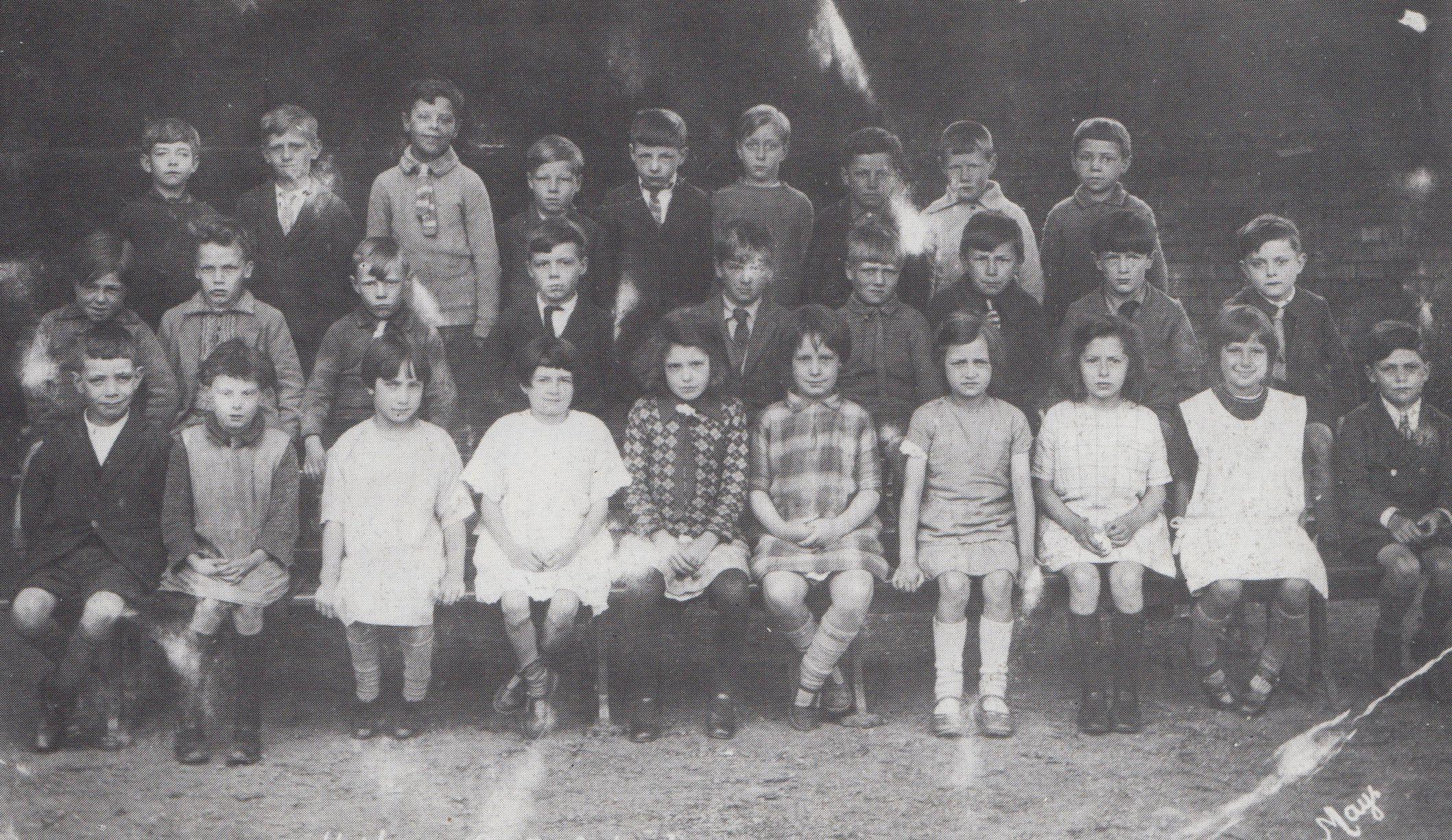 fpoh35_schoolgrp_1930_0001.jpg