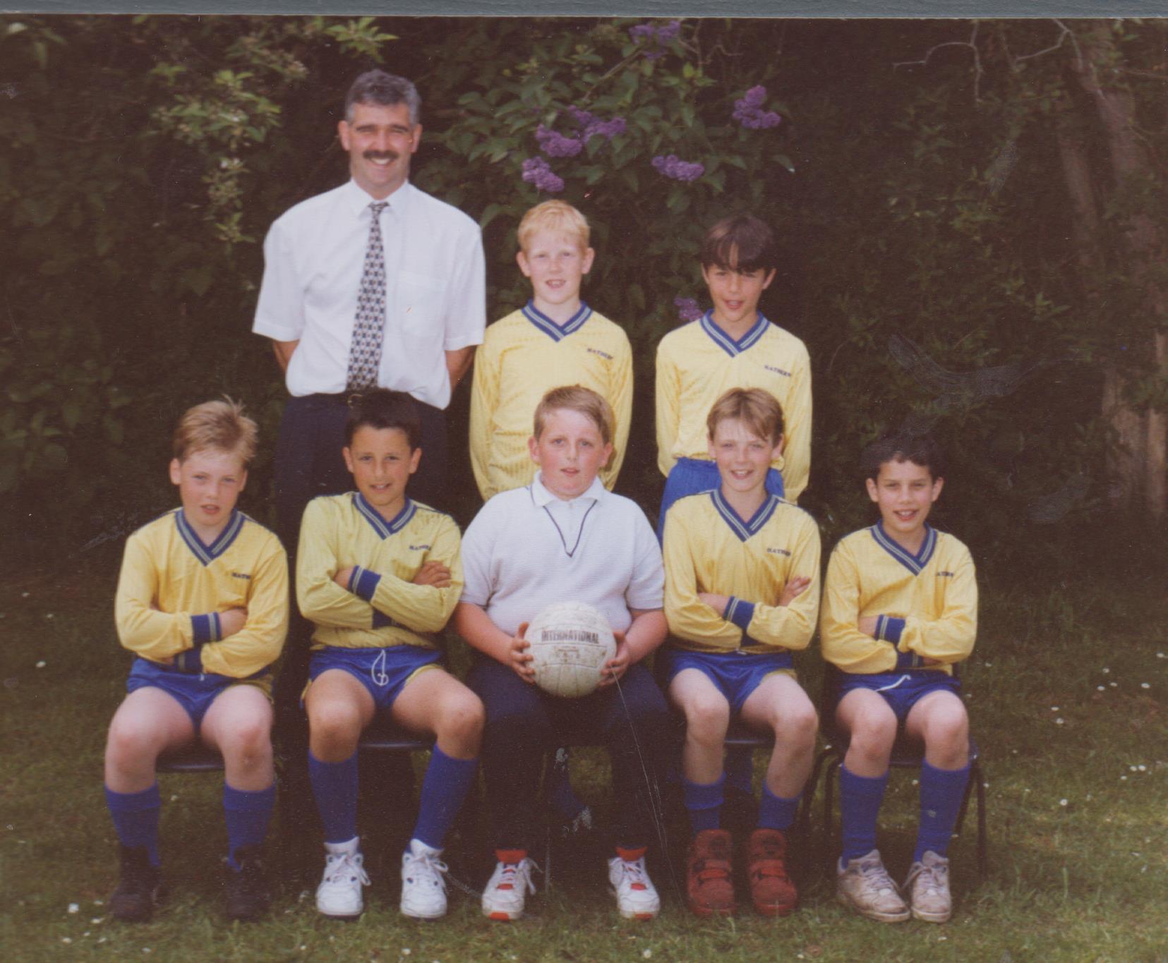 school_football_team_james_roe_et_al_001.jpg