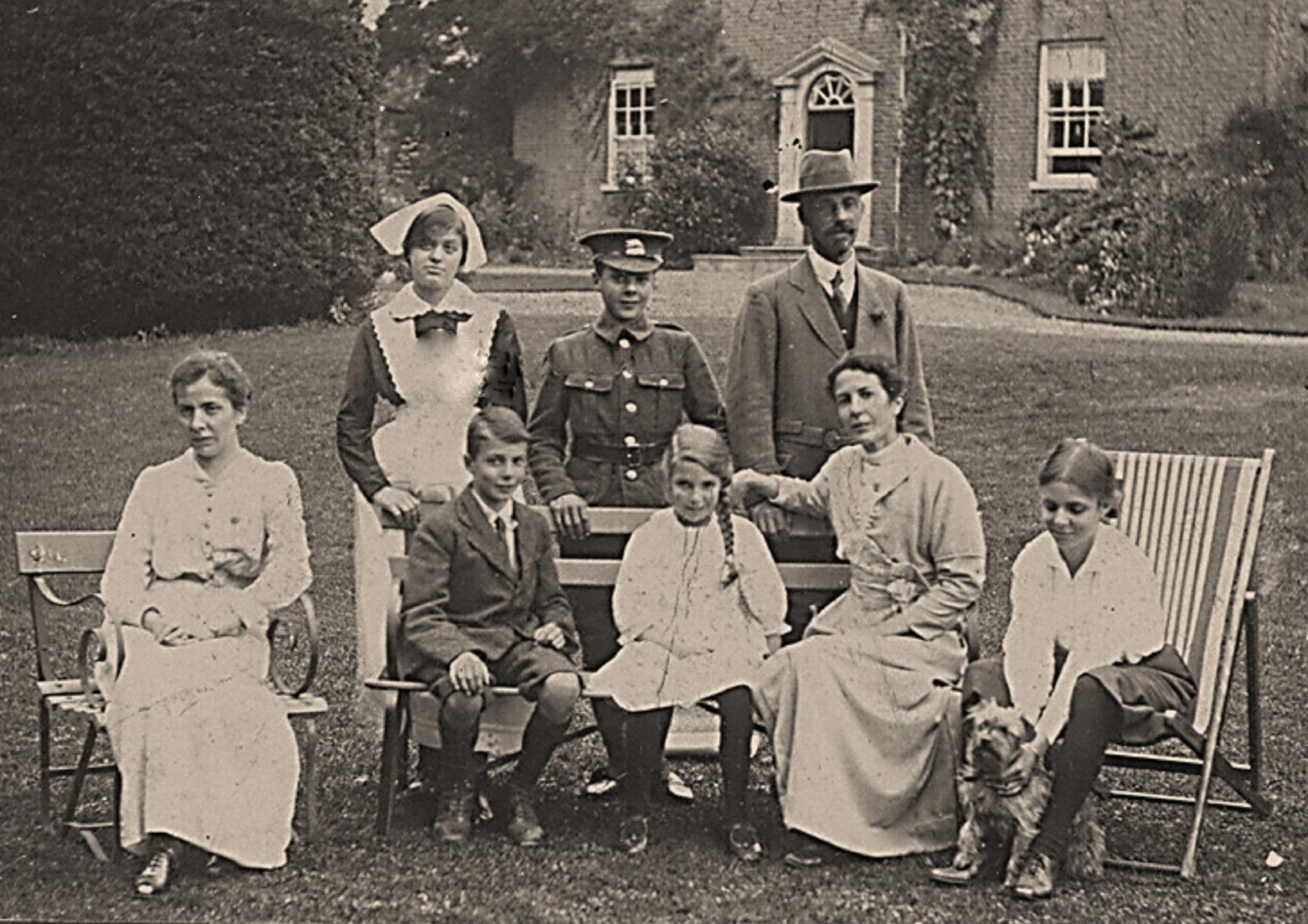 Elms_in_about_1912.jpg
